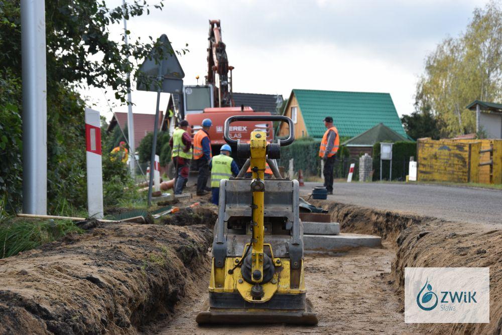 Budowa sieci wodno - kanalizacyjnej. Tarnów Jezierny.